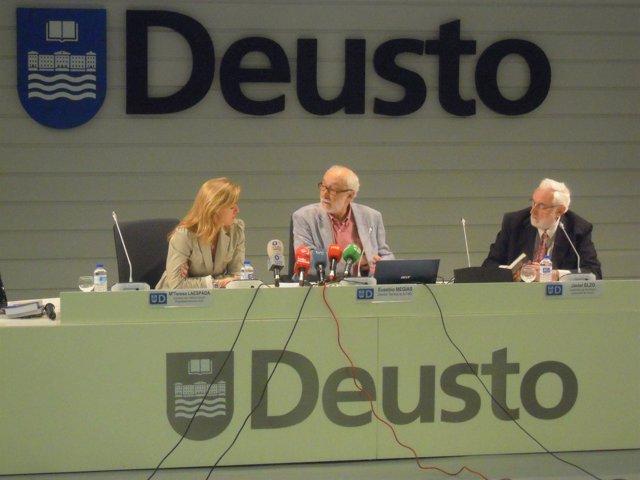 Presentación de la FAD Javier ELzo, Eusebio Megías, y Teresa Laespada.