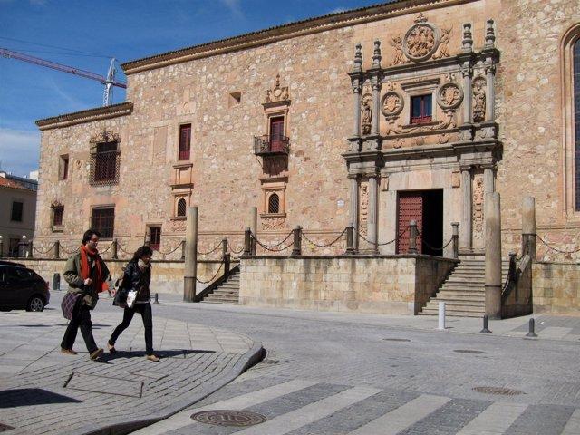 Exteriores Del Colegio Arzobispo Fonseca