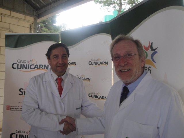 El conseller Josep Maria Pelegrí y el director de Cunicarn R.Calbet