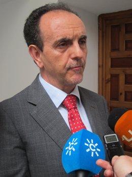Rafael Rodríguez, consejero andaluz de Turismo y Comercio