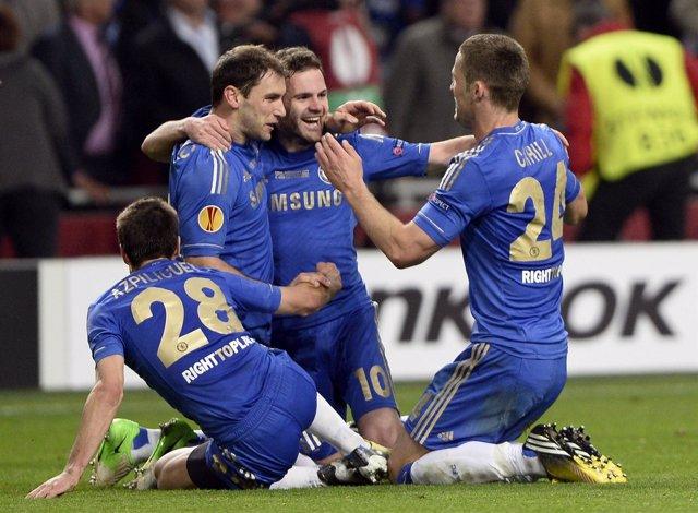 El Chelsea conquista la Europa League con un gol de Ivanovic en el último minuto
