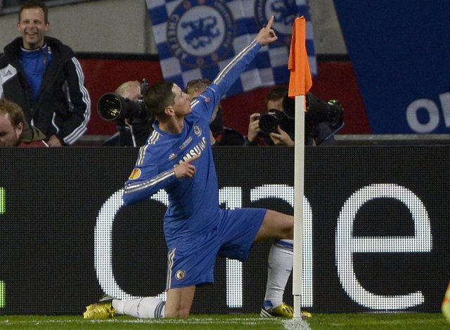 Fernando Torres celebra su gol en la final de la Europa League