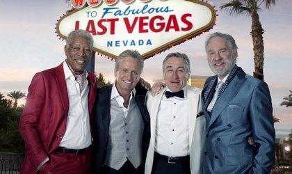 Freeman, De Niro, Douglas y Kline de fiesta en 'Last Vegas'