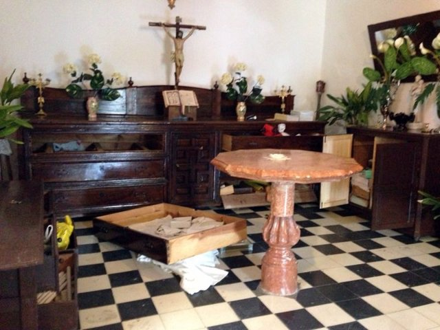 Interior de la iglesia de Montefrío donde han robado