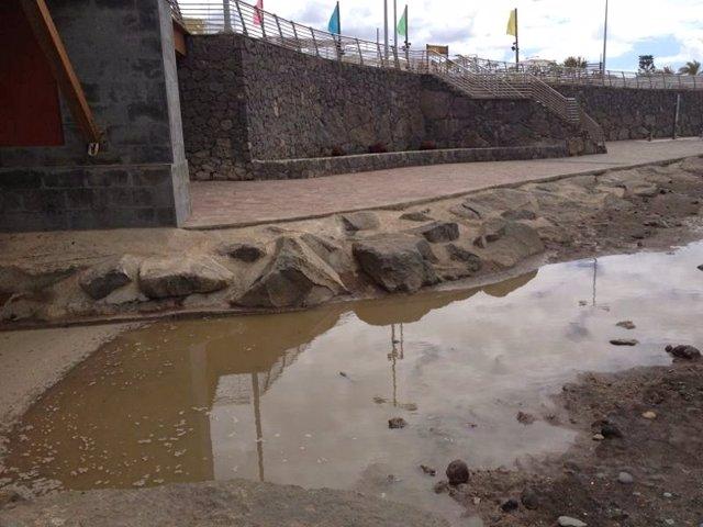 Vertidos de aguas residuales al mar, en Bañaderos, en Arucas