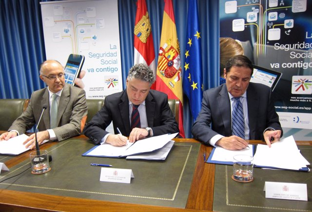 Ruiz Medrano (i), Burgos (c) y Sáez Aguado (d)