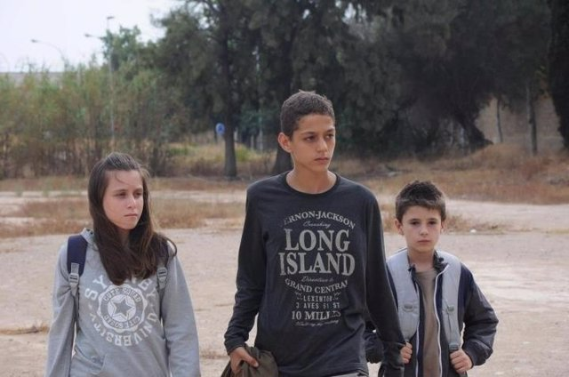 Imagen de la película 'Los chicos del puerto'