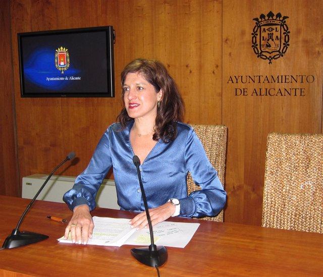 Marta García Romeu, en rueda de prensa