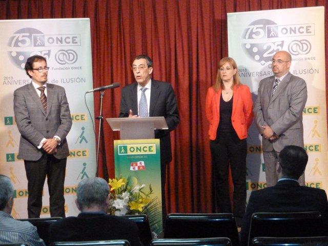 Acto de presentación de la nueva directora de ONCE en Salamanca