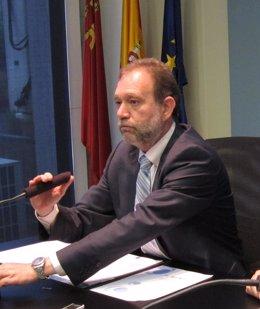 El consejero de Educación, Formación y Empleo, Constantino Sotoca