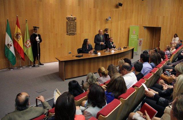 Diputación reconoce trayectoria del personal jubilado