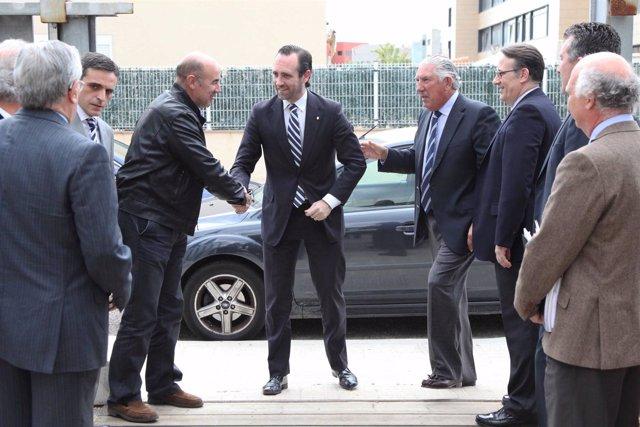 José Ramón Bauzá a su llegada a la sede de ISBA