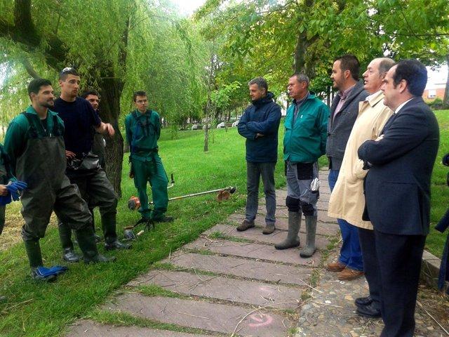 Pablo Trillo visita los talleres de empleo