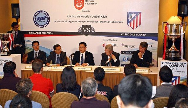 Miguel Ángel Gil Marín y Enrique Cerezo, acuerdo de colaboración en Singapur
