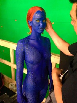 Jennifer Lawrance como Mística