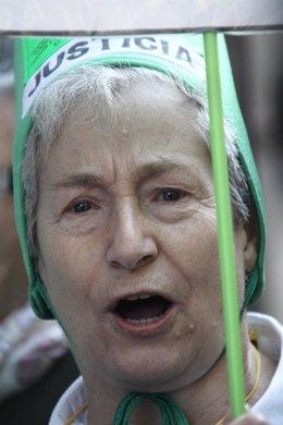 Protesta de tenedores de preferentes contra Botín