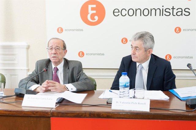 El presidente del Consejo General de Economistas, Valentin Pich