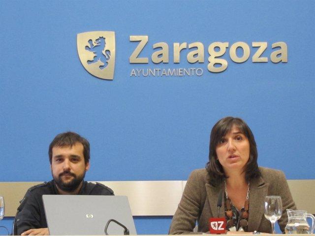 La concejal delegada de Zaragoza Activa. Lola Ranera, y el directro Raúl Olivan