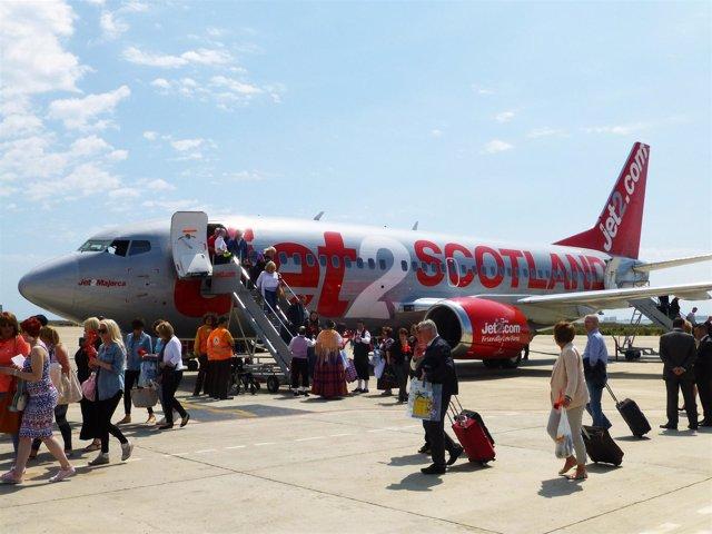 Imagen del avión, en el aeropuerto de San Javier