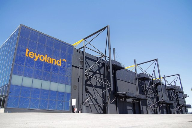 Teyoland cierra la contratación de cerca de 300 trabajadores para su tienda