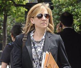 """El juez niega un """"trato de favor"""" a la Infanta tras incorporar a la causa sus declaraciones de la renta"""