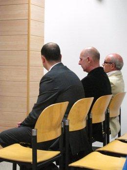 Los acusados del vertido de amoniaco al Besaya en la última vista del juicio