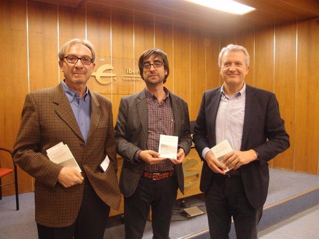 Del Río participa en la presentación del libro de Carlos Gil de Gómez