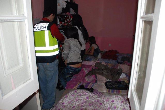 Redada De La Policía Nacional Contra La Prostitución