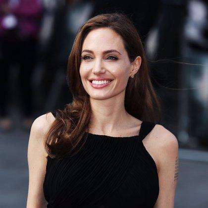 Angelina Jolie reaparece tras su mastectomía