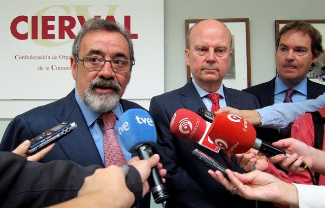 González interviene junto a Buch y Gandía tras la jornada sobre Cesce.