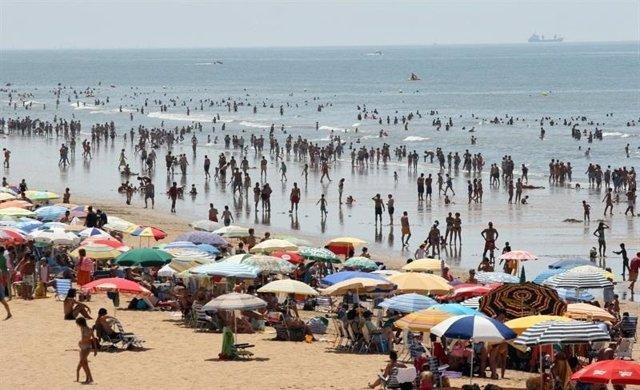 Españoles en la playa