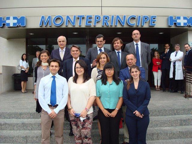 Los Nuevos MIR Junto Al Dr. Juan Abarca, El Dr. Alfonso Moreno, El Dr. Jesús Pe