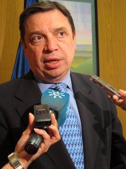 El consejero andaluz Luis Planas tras asistir a la Conferencia Sectorial