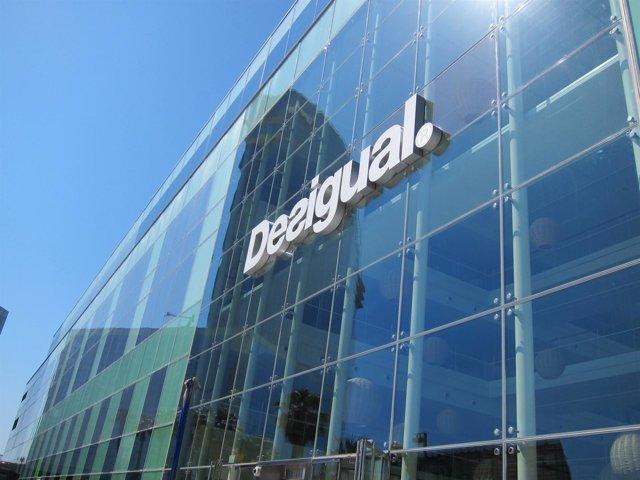 Econom a empresas desigual abrir oficina propia en brasil y sus dos primeras tiendas en el - Oficinas desigual barcelona ...