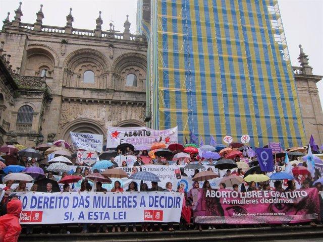 Manifestación en denfensa del aborto libre y gratuito en Santiago
