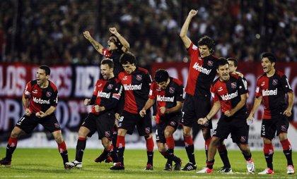 Fútbol.- Newell's vence al Rafaela y se asegura primer lugar en Argentina