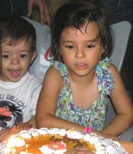 Los Dos Niños Desaparecidos En Córdoba, Ruth Y José