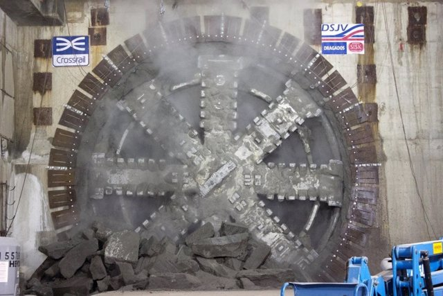 ACS excava túneles del Crossrail, ferrocarril de Londres