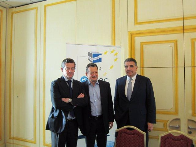 García Sanz Y Armero (Anfac) Con El Secretario General De Anfac, Ivan Hodac