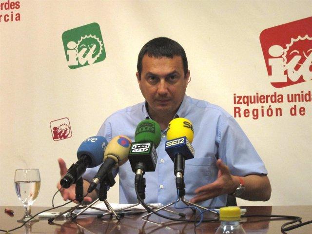 El coordinador regional de IU-Verdes, José Antonio Pujante