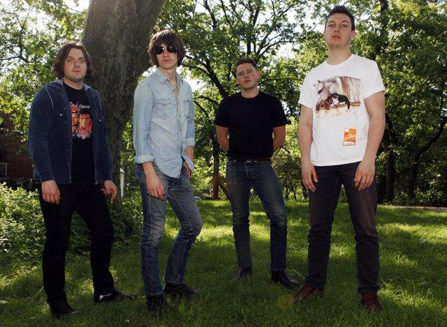 Jamie Cook, Alex Turner, Nick O'malley Y Matt Helders, De Los Arctic Monkeys