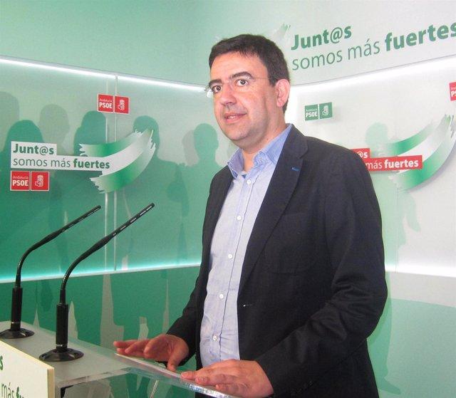 Mario Jiménez, este lunes