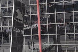 Un total de 73 clientes de Bankia recuperan el dinero de sus preferentes