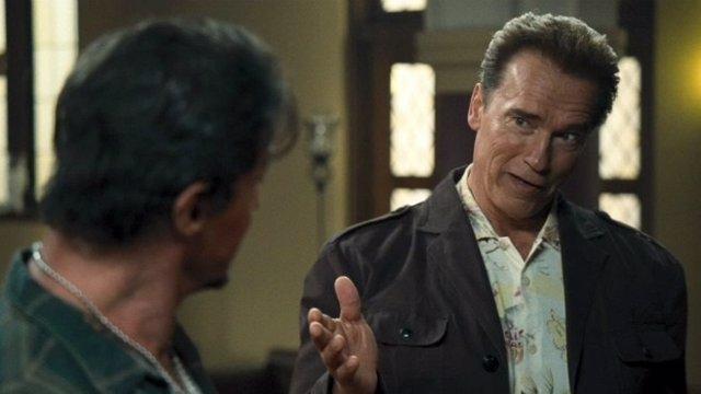 Schwarzenegger en Los Mercenarios (The Expendables)