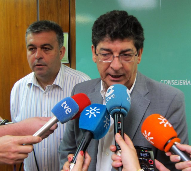 Diego Valderas, hoy ante los medios
