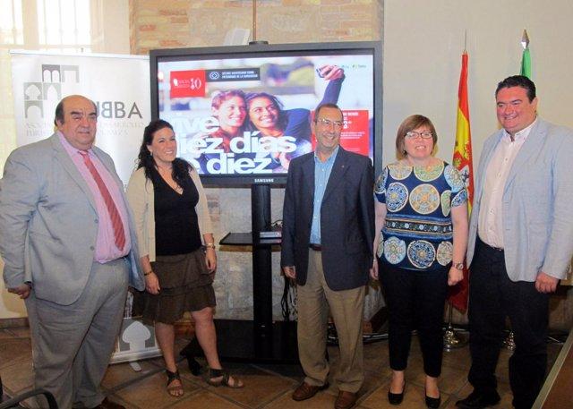 García, Férriz, Sáez, Ortega y González presentan la campaña 'Úbeda Baeza 10'.