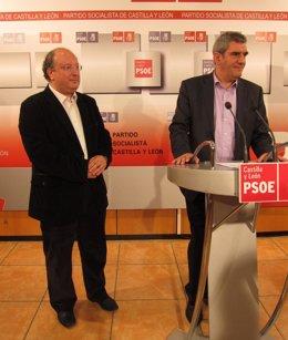 Enrique Cabero (izq.) y Julio Villarrubia (drcha) en la rueda de prensa