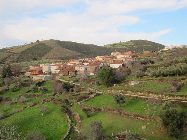 Pueblo, aldea. Turismo rural. Entorno rural