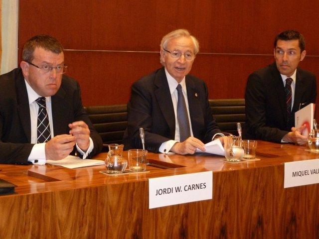 Carnes, Valls y Millet durante la presentación del V Barómetro Tecnológico