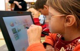 Educación abre el programa experimental de libros de texto digitales en tabletas para alumnos de 5º de Primaria